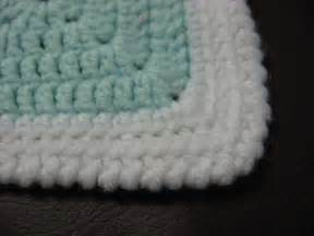 This picture shows one of the corners of the blanket
