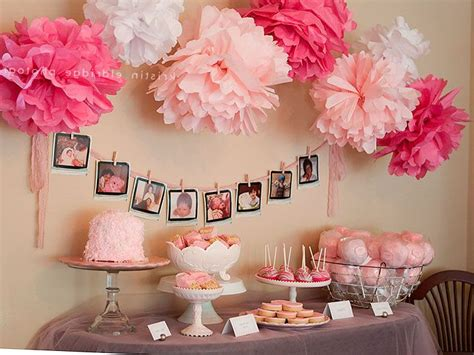 Decorating For A Baby Shower by Deciding On A Theme For Baby Shower Decorations For