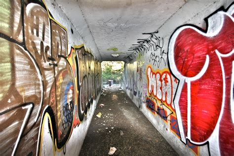 what s graffiti file graffiti tunnel 2078441177 jpg wikimedia commons