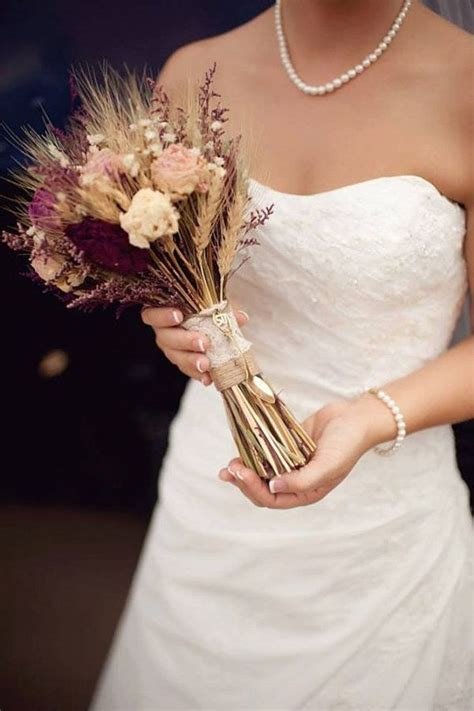 17 Best ideas about Preserve Wedding Bouquets on Pinterest