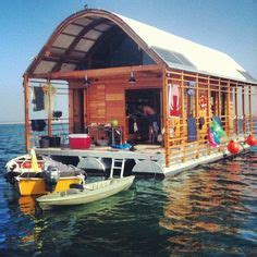 flat bottom boat daily themed crossword 1000 ideas about houseboats on pinterest floating homes