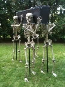 Coffin Halloween Decoration 17 Fun Ghoulish Diy Outdoor Amp Indoor Halloween Decorations