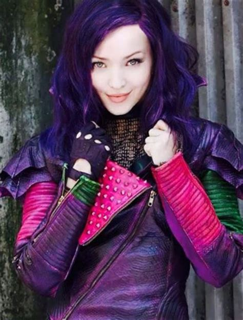 mal hair dove cameron more specifically mal from descendants from