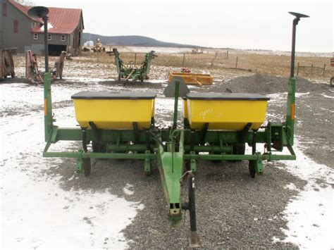Deere 4 Row Corn Planter by Zeisloft S Farm Equipment Sold Deere 7200 Corn