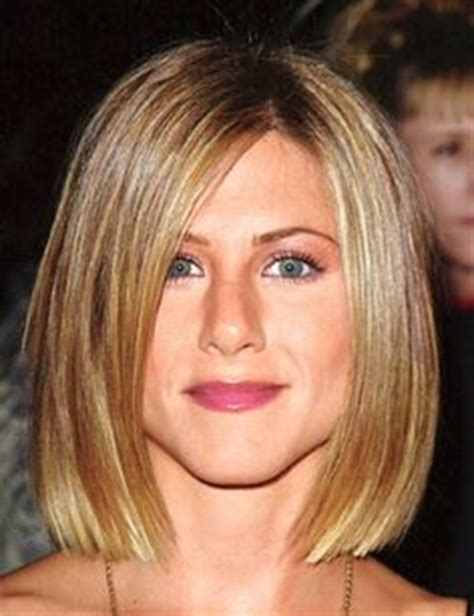 aniston hair cuts 2001 2001 from jennifer aniston s hair through the years e