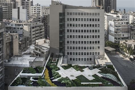 bank beirut beirut bank gets lebanon s largest rooftop garden by