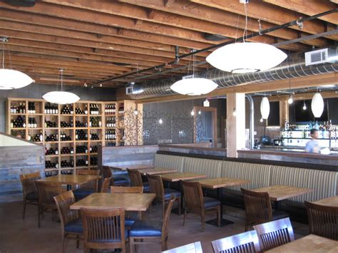 5 Metropolitan Lounge Kitchen by Leroys Kitchen And Lounge Dining Room San Diego Travel