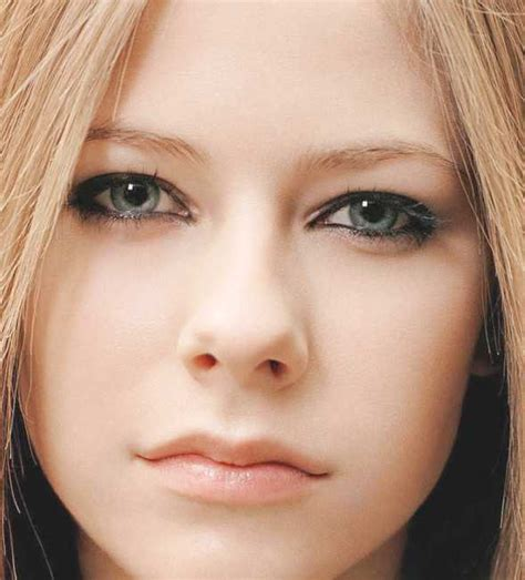 Models Not Just A Pretty by Avril Lavigne Not Just A Pretty Wallpaper