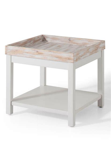 stijlvolle salontafel verkant stijlvolle salontafel in het design van een dienblad de