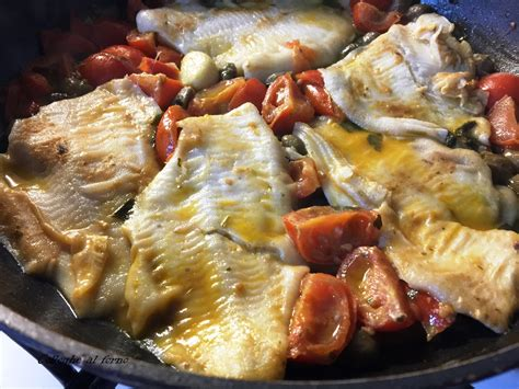 cucinare platessa platessa pomodorini capperi e alici colleghe al forno