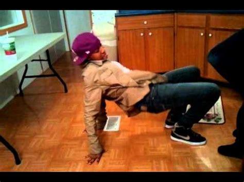 trey songz play house gio boiiz dancin 2 play house by trey songz youtube
