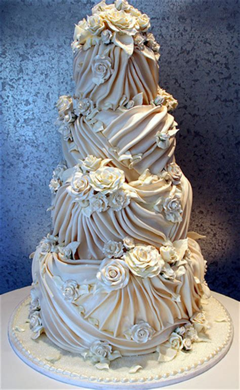 How Much Are Wedding Cakes – 25  Best Ideas about Elegant Wedding Cakes on Pinterest