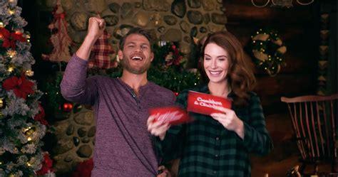 reindeer games christmas trivia christmas getaway hallmark channel