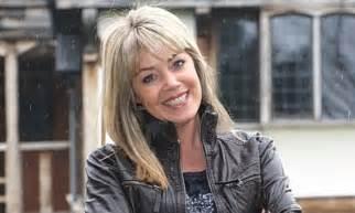 dua lipa new rules lyrics az homes under the hammer presenter dies