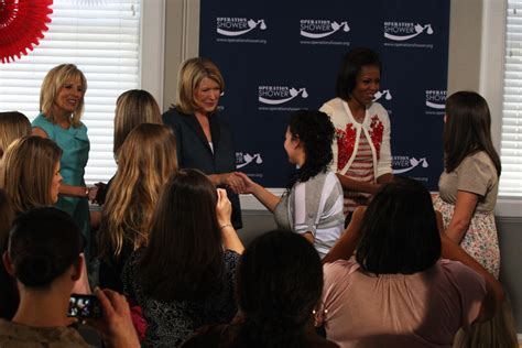 pictures of michelle obama pregnant get free hd wallpapers obama biden and more visit pregnant wives of deployed