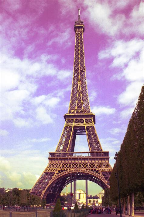 paris pictures beautiful picture of the eiffel tower in paris france