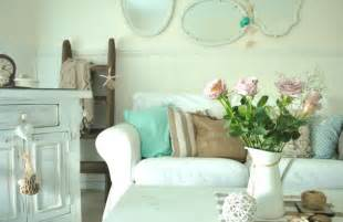Shabby Chic Livingroom Decorating With Coastal Colors Rustic Crafts Amp Chic Decor