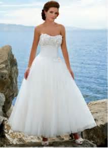 coast wedding dress 25 beautiful wedding dresses