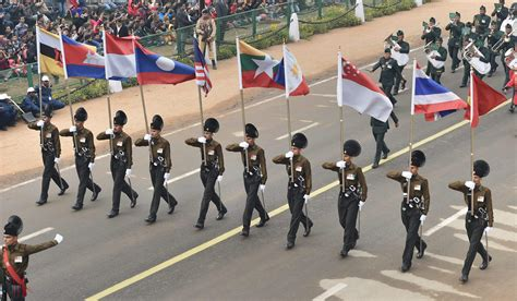 Republic Day Parade Essay In by Asean Flag Bsf Motorcycle Contingent Among Many Firsts This Republic Day The New Indian