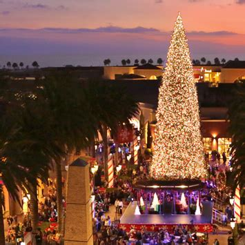christmas light up in fashion island fashion island tree lighting ceremony orange county zest