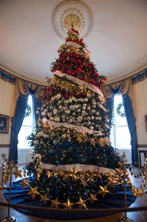 christmas tree house dreaming of a white house christmas