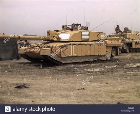 challenger 2 in 12th april 2003 challenger 2 tanks on the