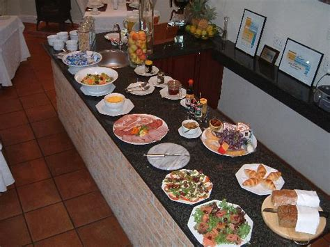Gable Manor Guest House Updated 2018 Guesthouse Reviews Buffet Breakfast Price