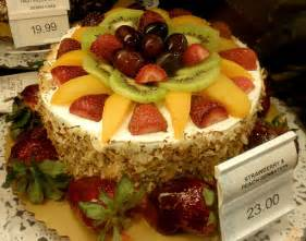 Pin publix strawberry and peach sensation cake luuux cake on pinterest