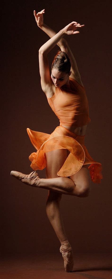 libro ballerina body dancing and 144 best images about danza ballet on polina semionova alexander godunov and ballet