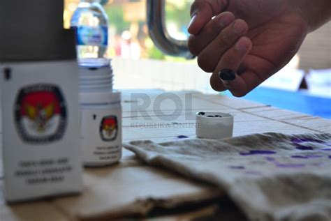 Tinta Untuk Pemilu logistik pilkada tangsel baru tinta bukti pencoblosan