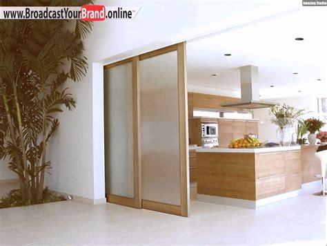 überdachung Terrasse Holz Glas by Schiebet 252 Ren Innen Holz Matt Glas Oberf 252 Hrung Schienen