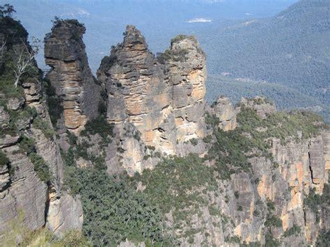 The Three file three australia borskin jpg wikimedia commons