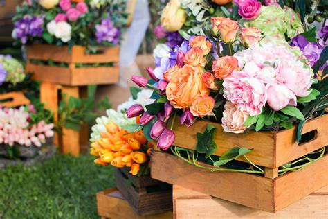 for flowers the benefits of mixing silk real flowers