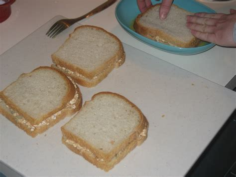 peanut butter and cottage cheese sandwich
