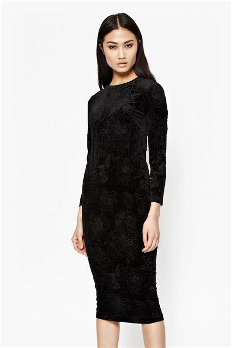downtown velvet midi dress black dresses connection