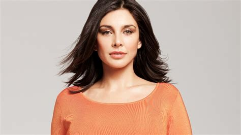 lisa ray wallpapers hd wallpapers id