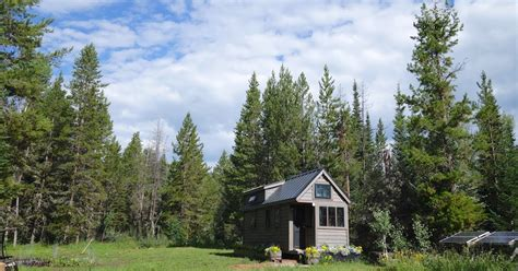 dear people who live in fancy tiny houses lauren modery fy nyth re dear people who live in fancy tiny houses