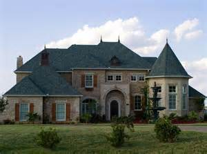 big houses 5 reasons buying a big house is dumbbanner ad confidential