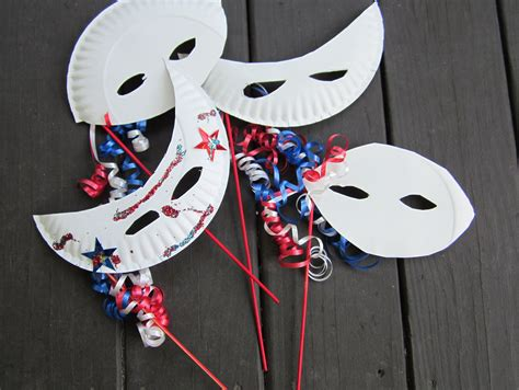 Mask From Paper Plates - 4th of july theroommom