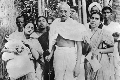 mahatma gandhi biography en francais statistics prove gandhi right india real time wsj
