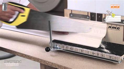 stuckleisten badezimmer profilleisten montage nmc stuckleisten deckenleiste