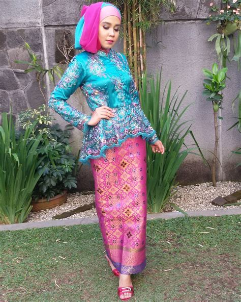 Sale Dress Biru Twiscon Mix Brukat 15 ide kebaya muslimah untuk mempercantikmu di hari wisuda nanti