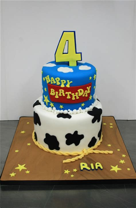 themed birthday cakes uk toy story themed birthday cake