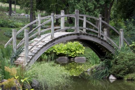 Backyard Bridges by 49 Backyard Garden Bridge Ideas And Designs Photos