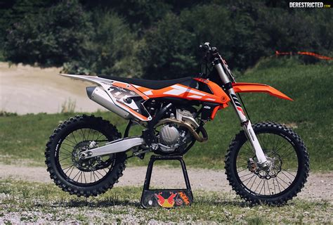 Ktm 350 Review 2016 Ktm 350 Sx F Look And Ride Derestricted