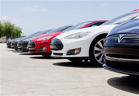 Tesla Model S Mile Range Tesla S Model 3 May Offer 300 Mile Range Top News