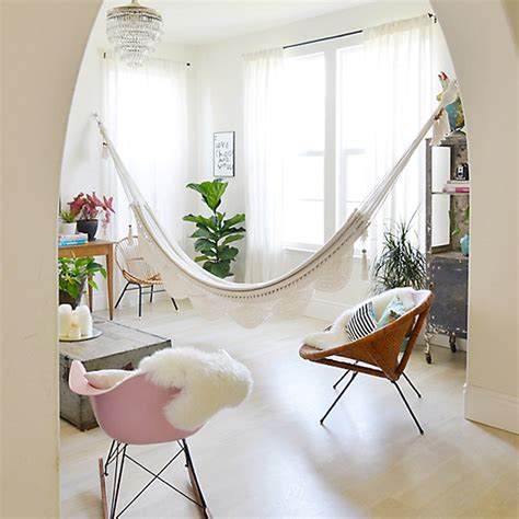 Hammocks For Indoors In With Hammocks Savvy Surrounding Style