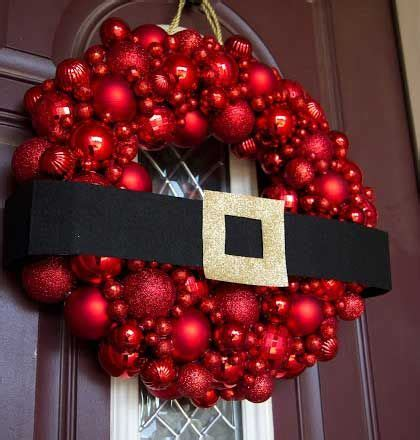 wreaths decorated with ornaments mouthtoears 17 best ideas about diy wreaths on