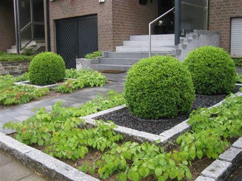 vorgarten pflegeleicht anlegen pflegeleichter vorgarten galabau m 228 hler vorgarten