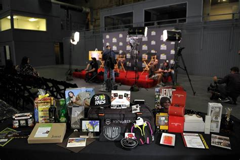 Whats In The Mtv Awards Goodie Bags by Maestro S Media Mtv Excites With Mtv